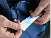 Порошенко підписав закон про впровадження електронного квитка у міськтранспорті