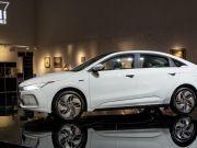Китайская Geely запустила новый бренд электромобилей для конкуренции с Tesla (фото)