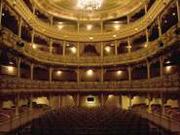 В українських театрах введуть електронні квитки