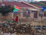 У ПАР зобов'язали видобувні компанії передати мінімум 30% капіталу чорношкірому населенню