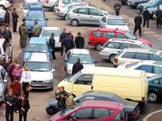 Порошенко подписал закон, облегчающий торговлю подержанными автомобилями