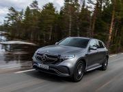 Mercedes відкликає свій новий електромобіль