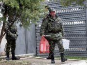 З Криму на материкову Україну вивезли військового майна на понад $1 млрд.