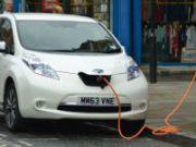 У Великій Британии запропонували встановлювати зарядки для електромобілів у нові будинки