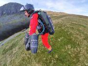 Британцы испытали реактивный спасательный костюм (видео)