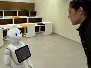 В Японии за одну минуту распродали первую партию человекообразных роботов Pepper (видео)