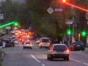 У Дніпрі встановили світлофори зі світлодіодами, які зменшують шанси пропустити сигнал (відео)
