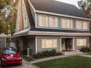 Солнечная крыша от Tesla распродана вплоть до 2018 года