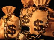 """В """"Ощадбанку"""" на рахунках Януковича і Азарова лежить більше мільярда доларів"""