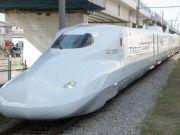 """В Японії створили """"поїзд-кулю"""""""