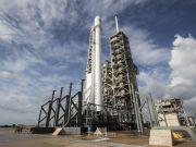 SpaceX отложила исторический запуск ракеты с 60 спутниками
