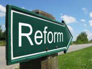 Антиукраїнську істерію серед росіян можуть зменшити системні економічні реформи в Україні - експерт