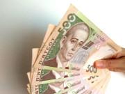 Стало известно, сколько украинцев получают зарплату «в конверте» (инфографика)