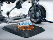 BMW выпустит беспроводную зарядку для электромобилей летом