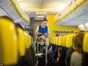 Ryanair проинформировал клиентов, что делать с билетами на отмененные рейсы