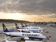 Ryanair і Wizz Air оштрафували за нові правила перевезення багажу