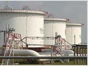 В Україні в червні 2011 р. через АЗС було продано світлих нафтопродуктів на 5,4 млрд грн