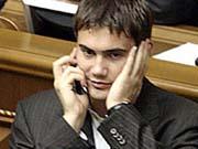 Янукович-младший заработал в 4 раза меньше папы