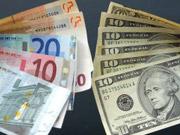 Эксперт: Гривня на прошлой неделе подешевела к евро на 2,7%