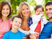 Пособие многодетным семьям: как и кому выплачивается