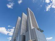 В Нью-Йорке почти достроили небоскреб из стекла (фото)