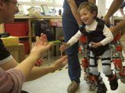 Представлен первый в мире экзоскелет детских размеров