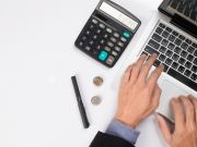 Надо ли ФЛП уплачивать единый налог во время отпуска