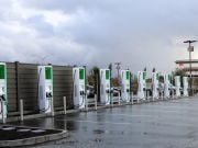 Electrify America установила первые зарядные станции мощностью 350 кВт