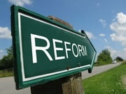 МВФ напомнил Украине о реформах