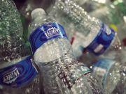 В Сан-Франциско заборонено продаж пластикових пляшок