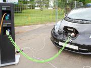 Украина реализует господдержку развития сети скоростных электрозарядных станций на дорогах - Криклий