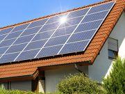 В 2020 году владельцы частных солнечных электростанций в столице заработали почти 10 млн грн