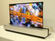 Sharp показала свой вариант телевизора-рулона (видео)