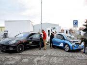 BMW и Porsche презентовали супербыструю зарядную станцию