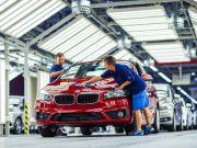 BMW, Toyota, Mercedes-Benz остались работать в Крыму в обход санкций