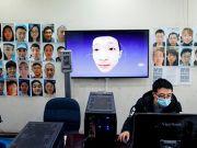 У Китаї розроблено технологію розпізнавання облич у масках (фото)