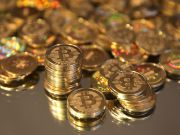 Биткойн превращается в новую антикризисную валюту
