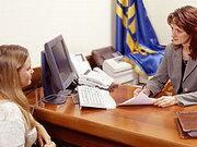 Минулого року посередники працевлаштували за кордоном майже 100 тис. українців