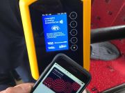 В Івано-Франківську запровадили безконтактну систему оплати проїзду в громадському транспорті