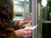 Количество украинцев использующих банковские услуги возрастает