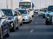 Сколько времени проводят в пробках водители в разных городах мира