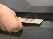З банкомату Райффайзен Банк Аваль викрадено 238 тисяч гривень