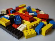 Lego скоротив річні виручку і прибуток вперше з 2004 року