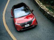Nissan представил новый хэтчбек Note Aura (фото, видео)