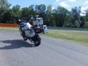 BMW разработала беспилотный мотоцикл для испытания новых систем безопасности (видео)