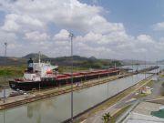 Роботи з розширення Панамського каналу завершаться до липня