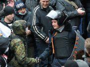 Сдавшаяся сепаратистам бригада ВДВ будет расформирована, виновные ответят перед судом - Турчинов