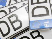 Зеленский подписал законы о льготной растаможке «еврономеров»
