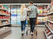 Где украинцы чаще всего покупают продукты (инфографика)