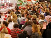 Через девальвацію болівара у Венесуелі розпочався споживчий бум